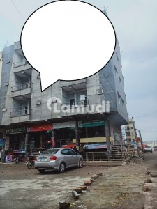 Soan Garden 30x40 Corner Plaza 2 Lac 32 Thousand Rented  For Sale