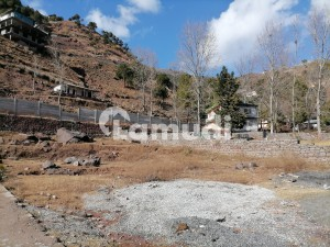 Centrally Located Farm House In Murree Expressway Is Available For Sale