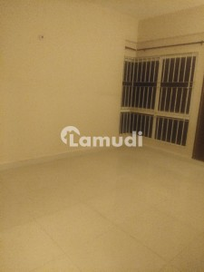 Clifton Block 9- 2 Bedrooms Apartment Available For Rent