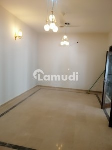 F 10 Such A Amazing Location What A Outstanding Fully Renovated Like A Brand New House 1st Entry For Rent 5 Beds