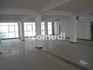 I9 Main Double Road 45000 Sqft Industrial Building Available For Sale