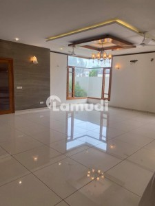 400 Sq Yds 6 Bed Drawing Dining Lounge Bungalow Double Storey For Rent In Gulshan E Maymar Sector W