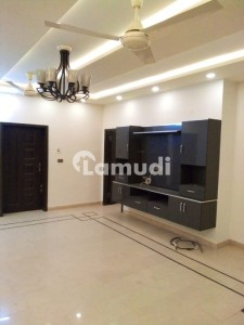D12 Out Class Location Brand New Upper Portion For Rent