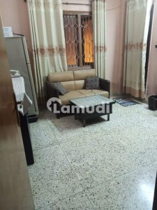In M.A. Jinnah Road Flat Sized 860  Square Feet For Sale