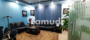 2 Kanal Commercial Building For Rent