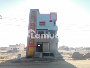 150 Yard Commercial Building For Rent