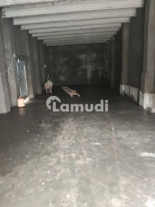 Warehouse Of 1000  Square Feet In Johar Town Is Available