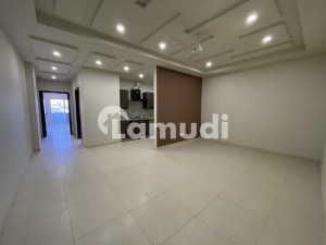 2 Bed Luxurious Brand New Flat For Rent The Atrium