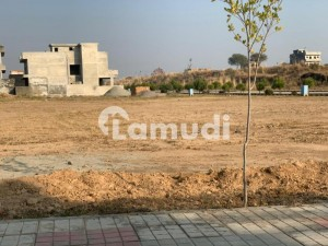 Plot For Sale In Block 7 Marla Developed And Possession In Beautiful Gulberg Islamabad At Best Price