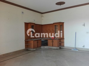 Ideally Located House Of 10 Marla Is Available For Rent In Wapda City - Block M