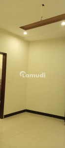 1350  Square Feet Flat For Rent In Beautiful Cantt