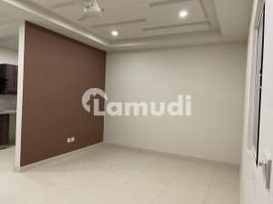 2 Bed Luxurious Brand New Flat For Rent