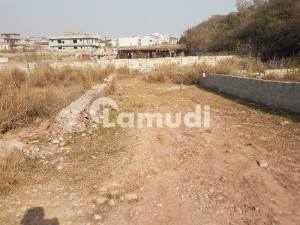 5 Marla Plot For Sale In Bani Gala Imran khan Chowk Happy Velly and Qasim Avenue