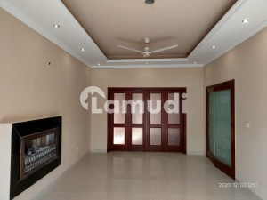 Property Mark Offers 10 Marla Renovated House For Sale In Z Block Phase 3