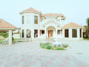 8 Kanal Furnished Luxurious Farm House For Rent On Bedian Road