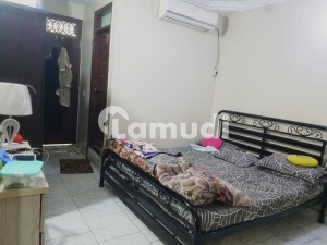 Flat Of 900 Square Feet In Gulshan-e-Iqbal Town For Sale