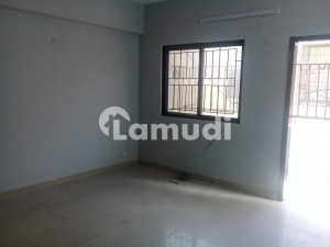 1700  Square Feet Flat For Rent In Beautiful Shaheed Millat Road