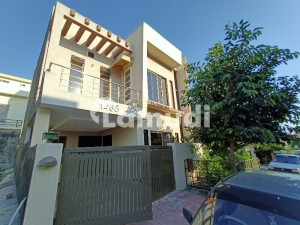 Ali Block 5 Marla 3 Bedrooms House Near Family Park In Bahria Town Phase 8 Rawalpindi