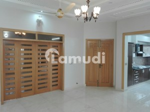 Spacious 10 Marla Lower Portion Available For Rent In Sukh Chayn Gardens