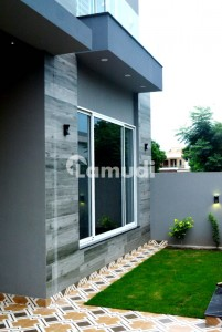 Modern Beautiful Design Newly Constructed Bright And Spacious Well Built 10 Marla House For Sale In Phase 8 Ex air Venue