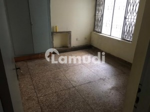 1575  Square Feet Lower Portion For Rent In G-9