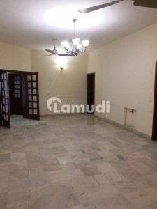 Beautiful Renovated House For Sale In F103 Closed End Location