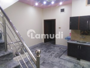 13 Marla House In Central Madina Town For Rent