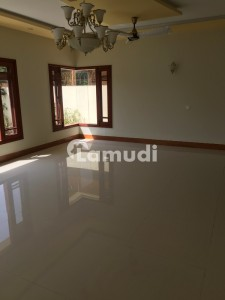 House Available For Rent In Clifton