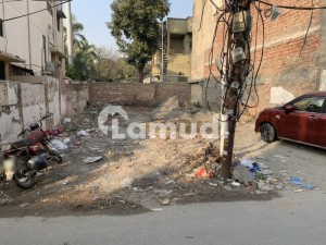 Residential Plot Of 2432  Square Feet Available In Gulberg
