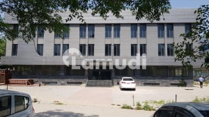 20000 sqft Beautiful building Available For Rent