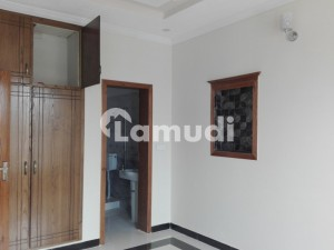 Gorgeous 8 Marla Lower Portion For Rent Available In Bahria Town
