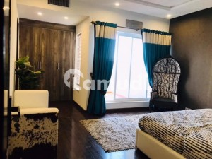 Flat For Sale Is Readily Available In Prime Location Of Chakri Road