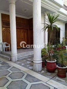 1 Kanal Double Unit Owner Build Solid House For Sale In PIA Society