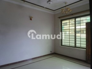 In G-9 House For Rent Sized 3200 Square Feet