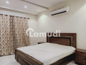 1 Bed Fully Furnished Apartment Facing Park Ideal Location For Rent In Bahria Town Lahore