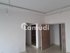 4 Marla Newly Renovated Second Floor For Rent In Phase 1 Dha