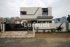 1 Kanal Mazhar Muneer Design Outclass Bungalow For Sale