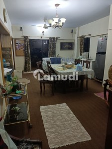 2700  Square Feet Flat Available For Sale In Gulistan-E-Jauhar