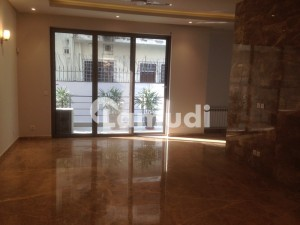Branded Marvellous Ground Portion For Rent In F-7