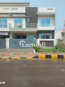 Tnt F17 House For Sale Main Double Road Size 7 Marla Double Story