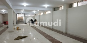 G8 8000 Sq Ft Exquisite Plaza Available For Rent