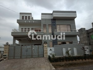 House For Sale In F17 Size 3200 Sqft.
