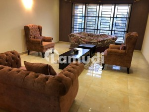 600 Sy Yards Ground Portion For Rent In F-8