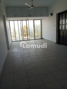 Good 1800  Square Feet Flat For Rent In Clifton