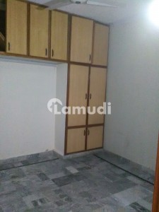 House Building For Rent Best For Commercial