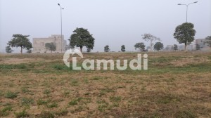 1 Kanal Plot D Block 100ft Road Near Park Ideal Location