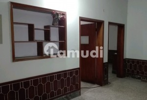 Gorgeous 10 Marla Lower Portion For Rent Available In Allama Iqbal Town