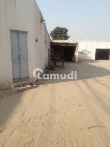 15000  Square Feet Spacious Factory Is Available In Vehari Chowk For Rent