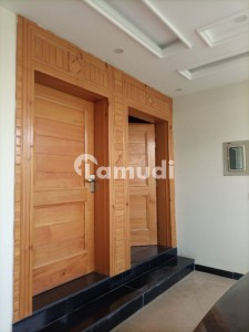 2250  Square Feet House In Central G-13 For Rent