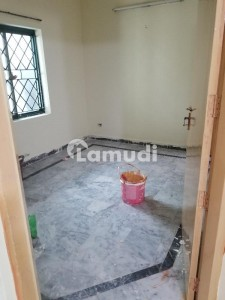 25*40 park facing ground portion for rent in G-11/2 real pics are attached